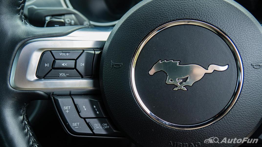 2020 Ford Mustang 5.0L GT Interior 006