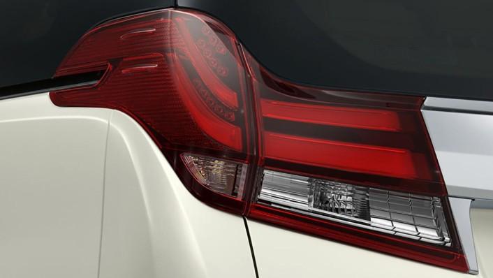 Toyota Alphard 2020 Exterior 004