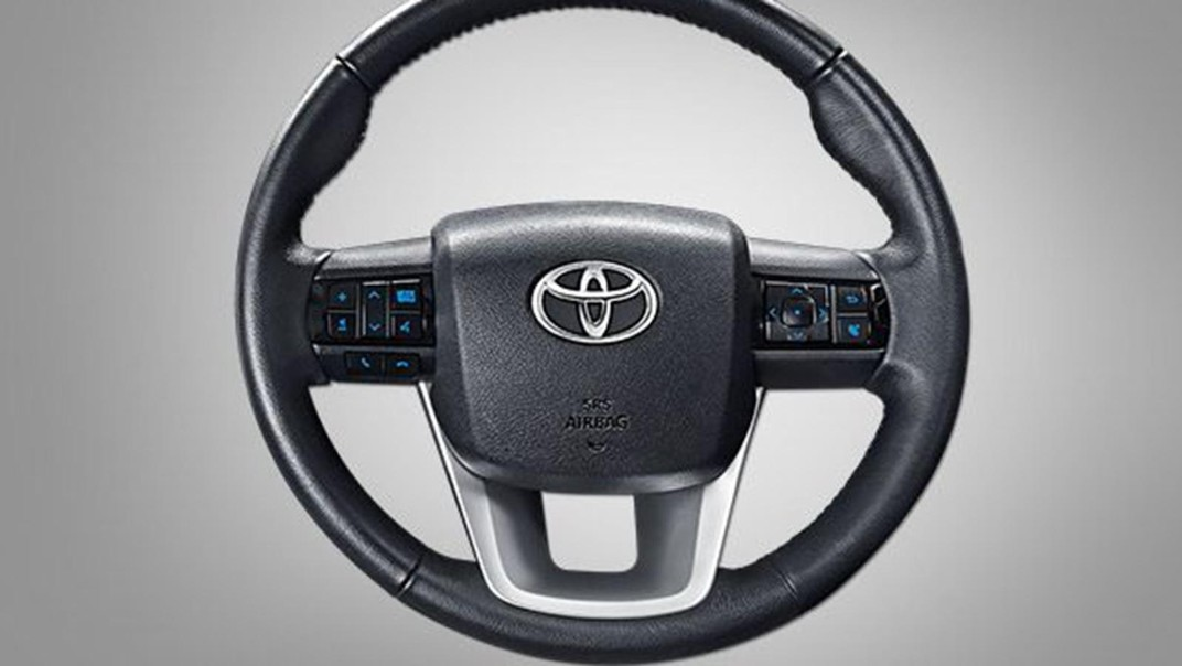 Toyota Hilux Revo Double Cab Public 2020 Interior 003