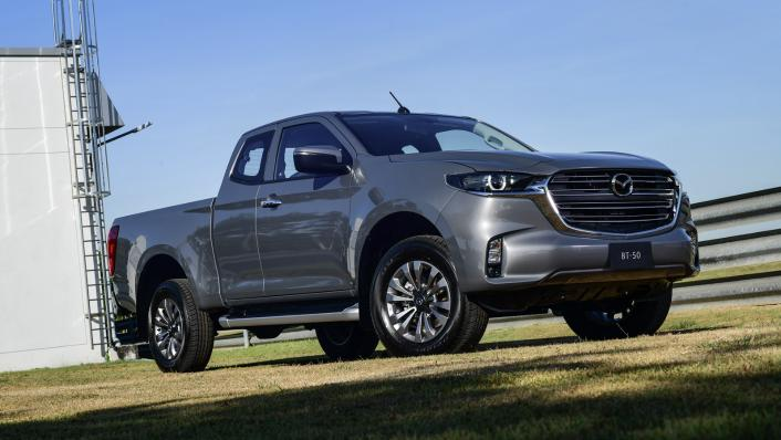 2021 Mazda BT-50 Freestyle cab Upcoming Version Exterior 002