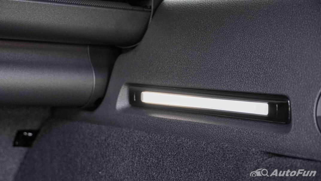 2020 Audi A4 Avant 2.0 45 TFSI Quattro S Line Black Edition Interior 071