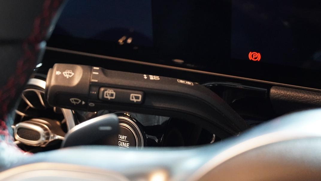 2021 Mercedes-Benz GLA-Class 200 AMG Dynamic Interior 008