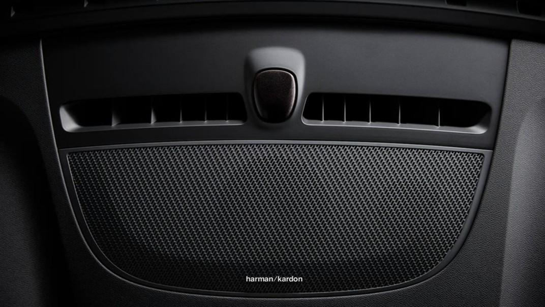 Volvo XC 40 2020 Interior 015