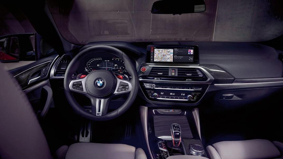 BMW X4-M Public 2020 Interior 003