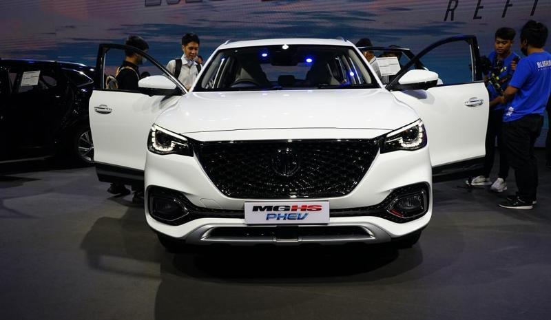 2020 MG HS PHEV เทียบ MG HS 1.5X เจาะออพชั่นต่างกันทุกด้าน เพิ่มเงินแค่ 240,000 บาท 02