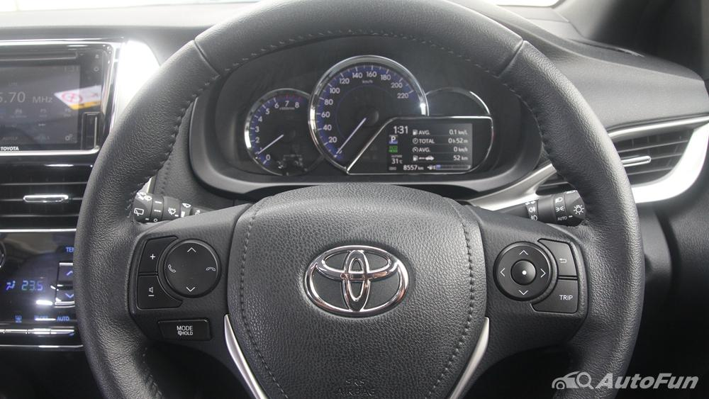 Toyota Yaris 2020 Interior 003