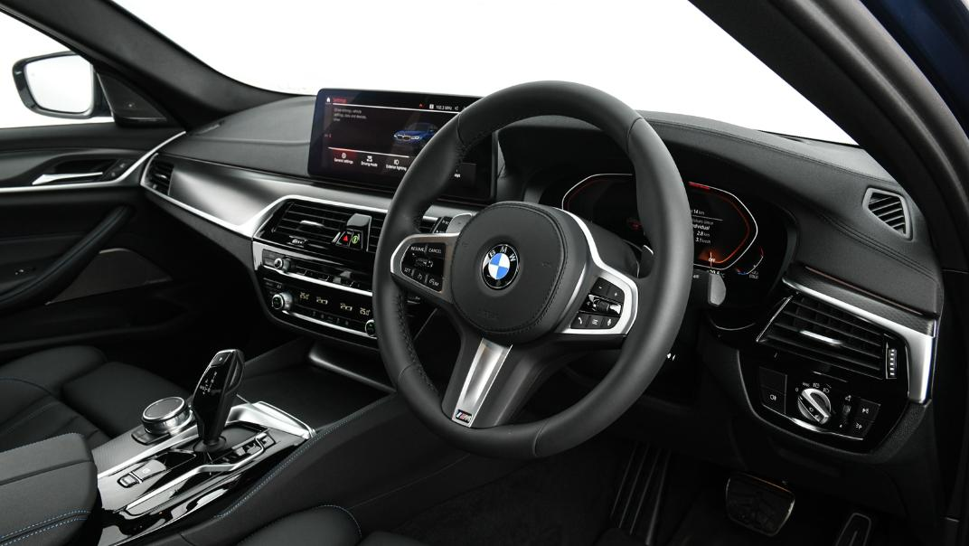 2021 BMW 5 Series Sedan 520d M Sport Interior 028