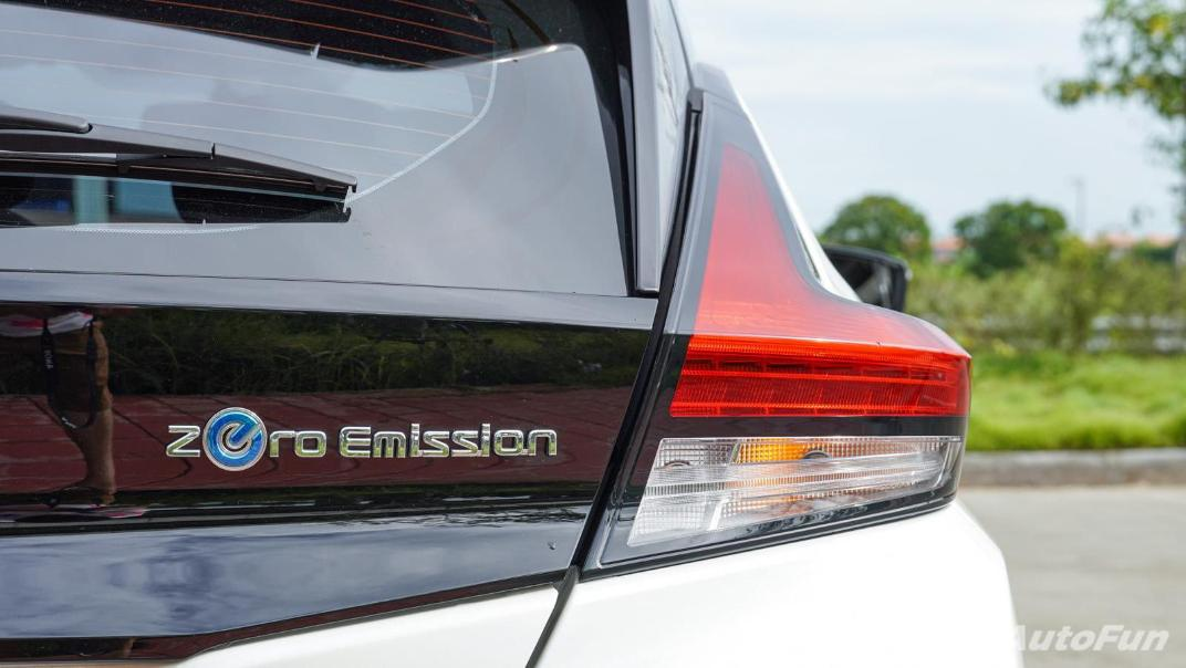2020 Nissan Leaf Electric Exterior 019