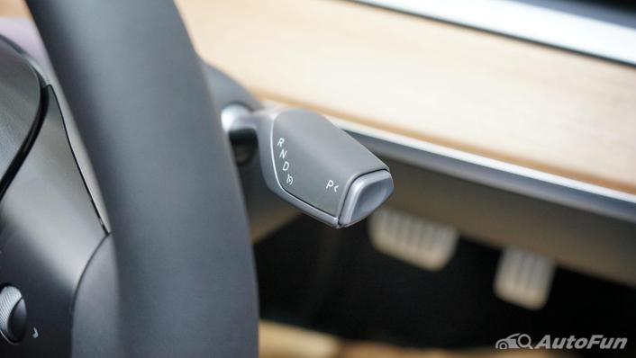 2021 Tesla Model 3 Performance Interior 003