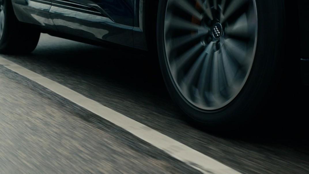Audi E Tron 2020 Exterior 014