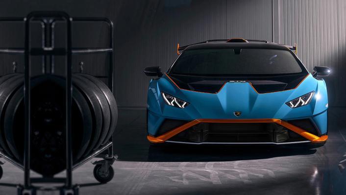 2021 Lamborghini Huracan STO Exterior 002