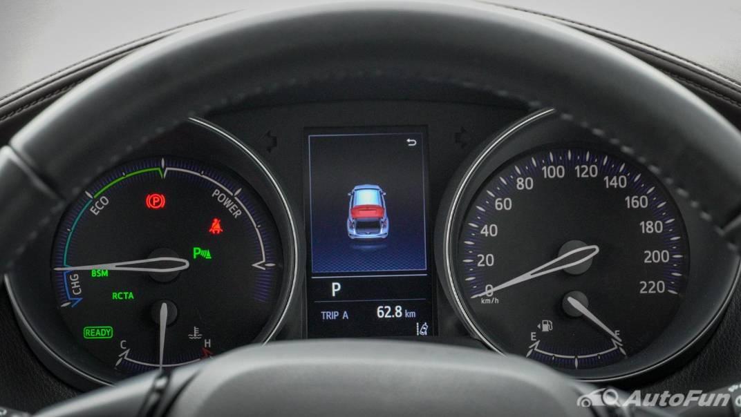 2021 Toyota C-HR Hybrid Premium Safety Interior 018