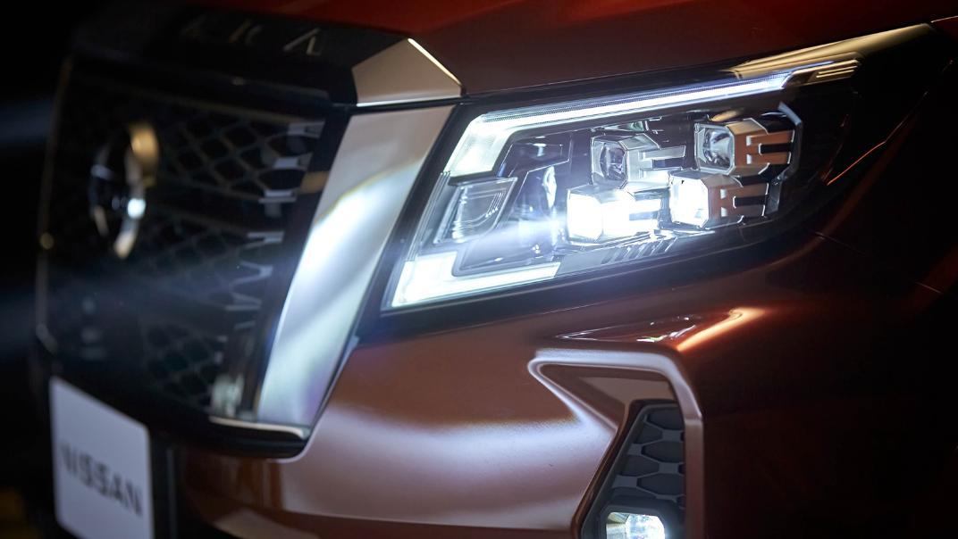 2021 Nissan Navara Double Cab 2.3 4WD VL 7AT Exterior 081