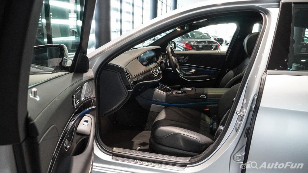 Mercedes-Benz S-Class S 560 e AMG Premium Interior 045