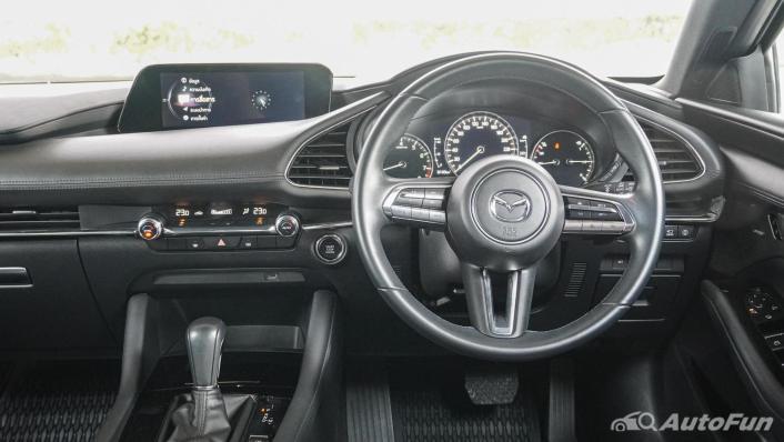 2020 Mazda 3 Fastback 2.0 SP Sports Interior 002