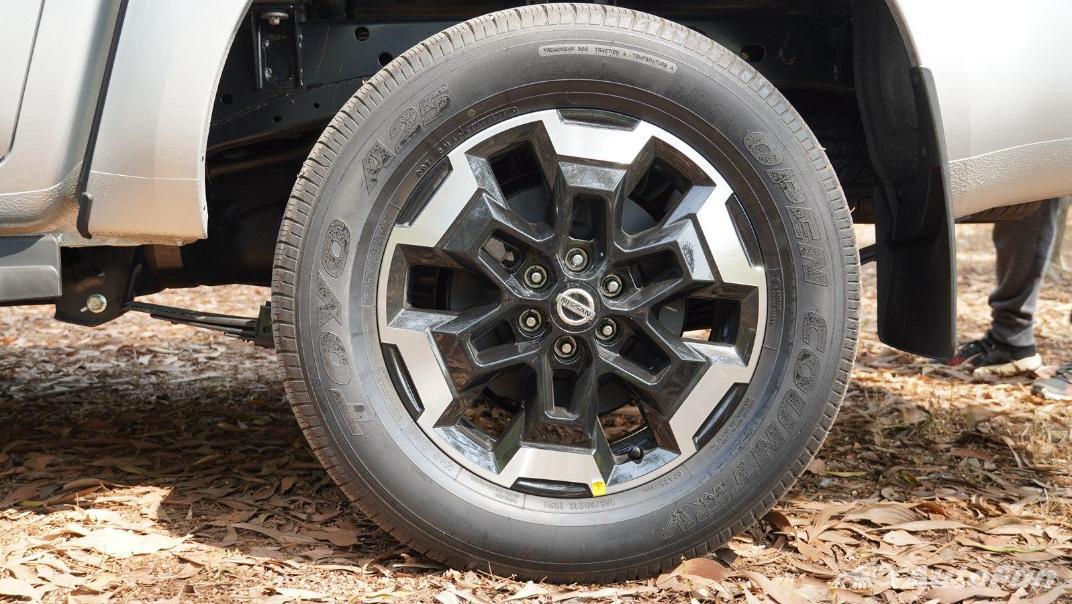 2021 Nissan Navara Double Cab 2.3 4WD VL 7AT Exterior 066
