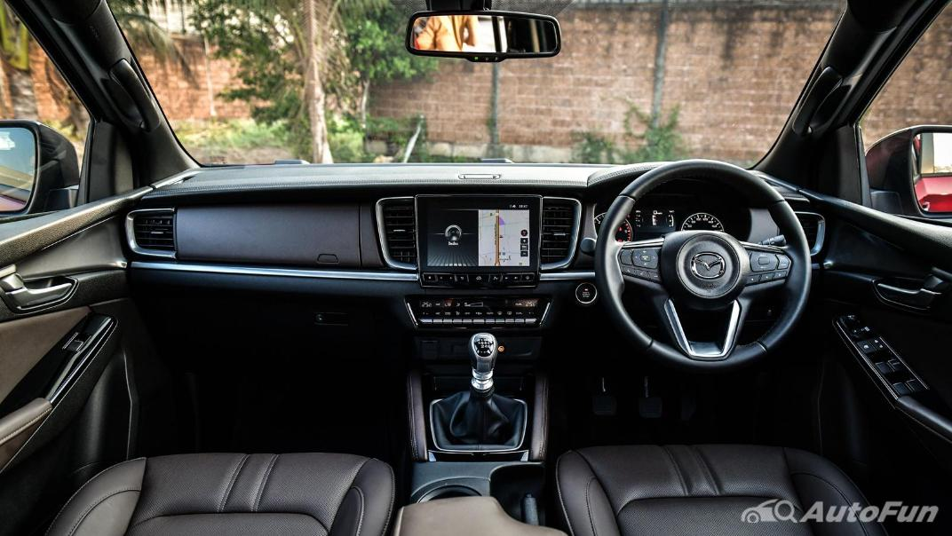 2021 Mazda BT-50 Pro Double Cab 1.9 SP Hi-Racer Interior 001