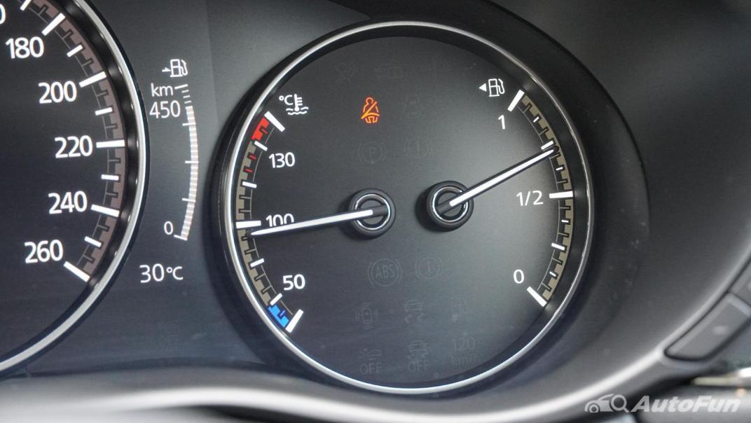2020 Mazda CX-30 2.0 C Interior 006