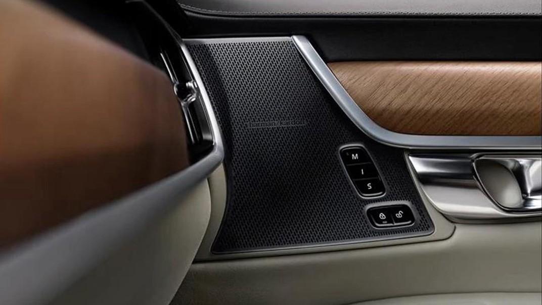 Volvo S90 2020 Interior 012