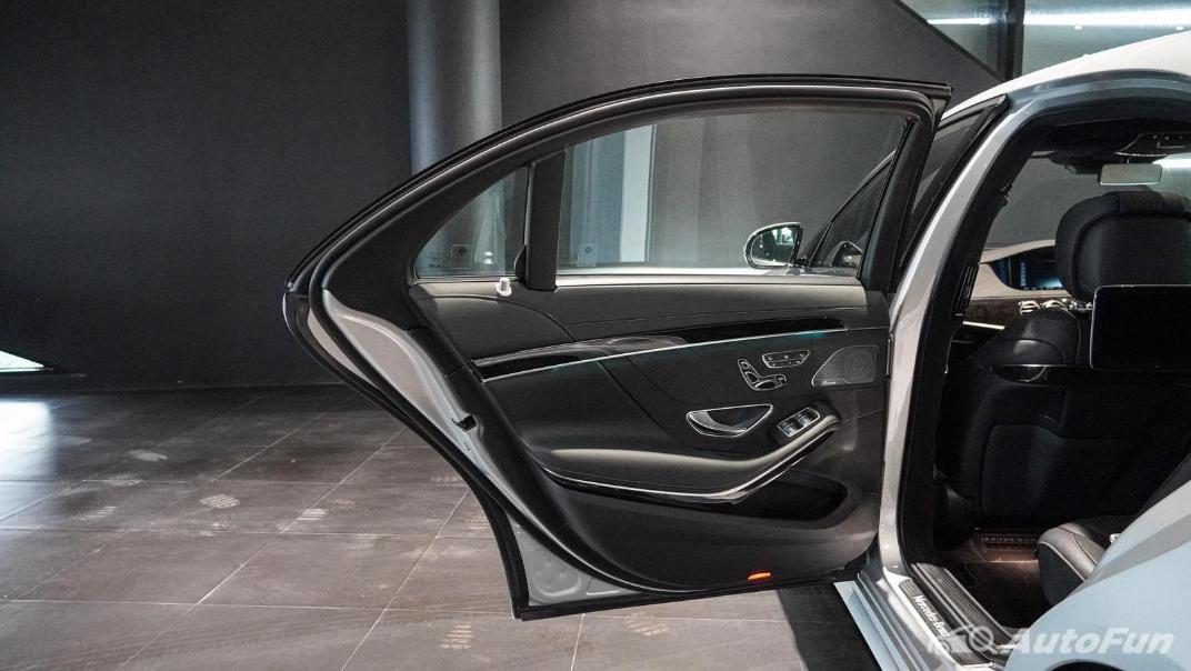 Mercedes-Benz S-Class S 560 e AMG Premium Interior 072