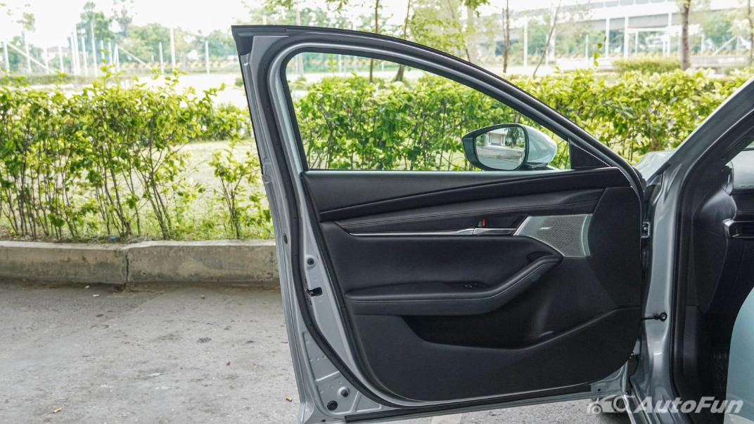 2020 Mazda 3 Fastback 2.0 SP Sports Interior 049