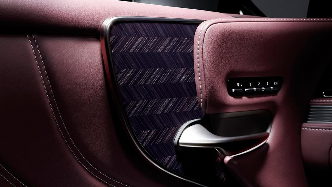 Lexus LS 2020 Interior 017
