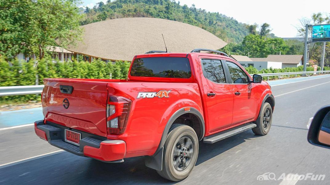 2021 Nissan Navara PRO-4X Exterior 055