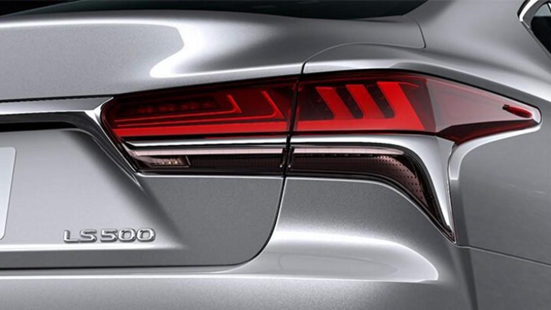 Lexus LS 2020 Exterior 015