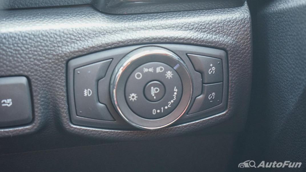2020 Ford Ranger Double Cab 2.0L Turbo Wildtrak Hi-Rider 10AT Interior 008