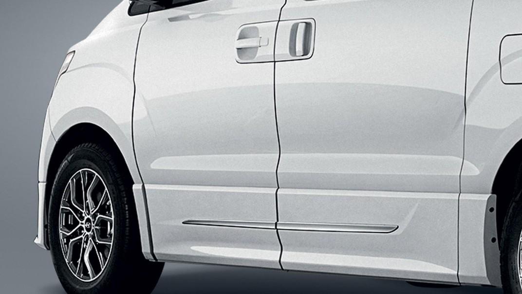 Hyundai Grand-Starex 2020 Exterior 004