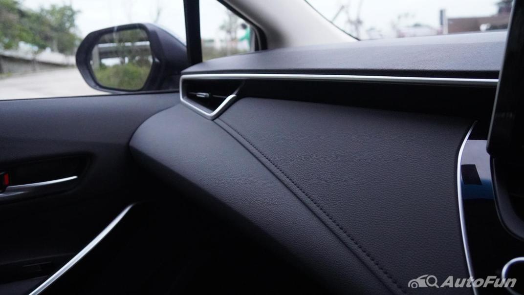 2021 Toyota Corolla Altis 1.8 Sport Interior 016
