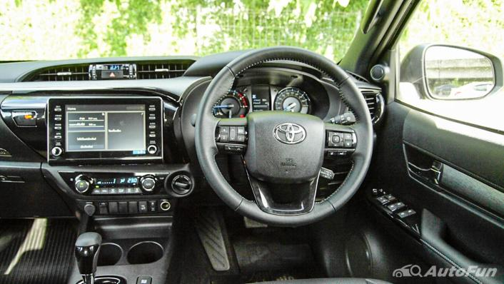 2020 Toyota Hilux Revo Double Cab 4x4 2.8High AT Interior 002