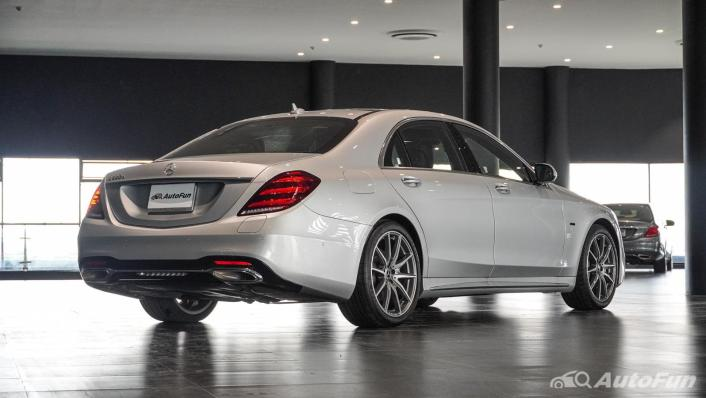 Mercedes-Benz S-Class S 560 e AMG Premium Exterior 005