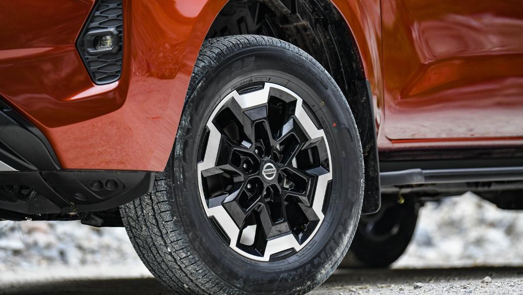 2021 Nissan Navara Double Cab 2.3 4WD VL 7AT Exterior 101