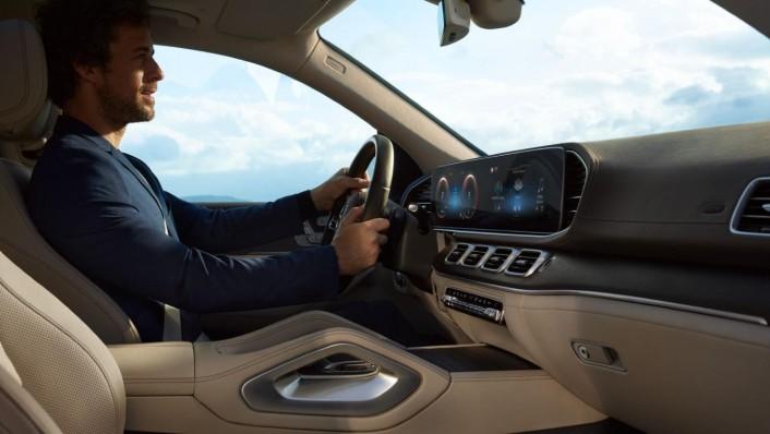 Mercedes-Benz GLS-Class 2020 Interior 008