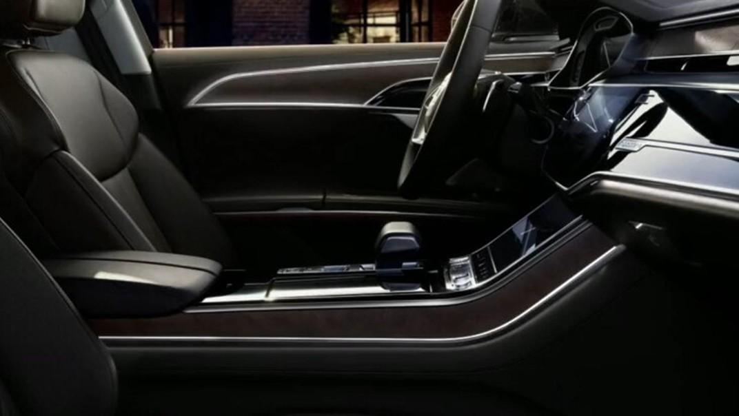 Audi A8 L 2020 Interior 005