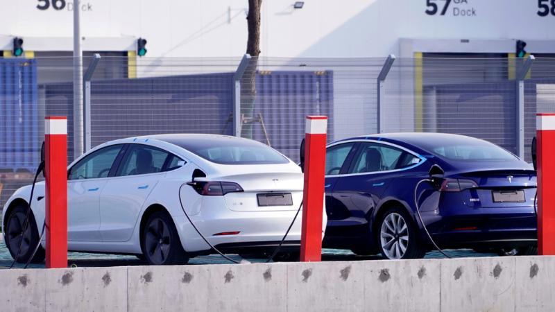 เผยทรัพย์สินผู้มีเอี่ยวกับ Tesla โดยตรง ทำกำไรรวยเละ 2.2 ล้านล้านบาท แค่ผลิตแบตเท่านั้น 02