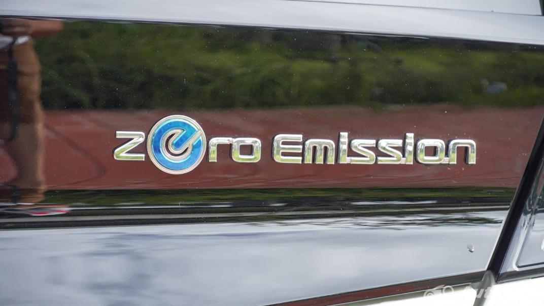 2020 Nissan Leaf Electric Exterior 025