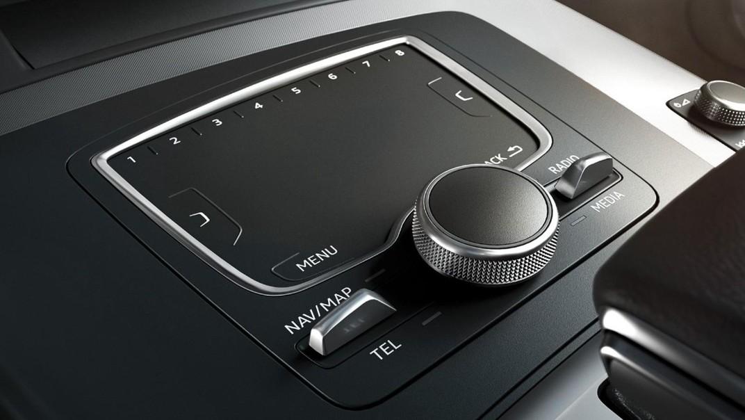 Audi Q5 2020 Interior 008
