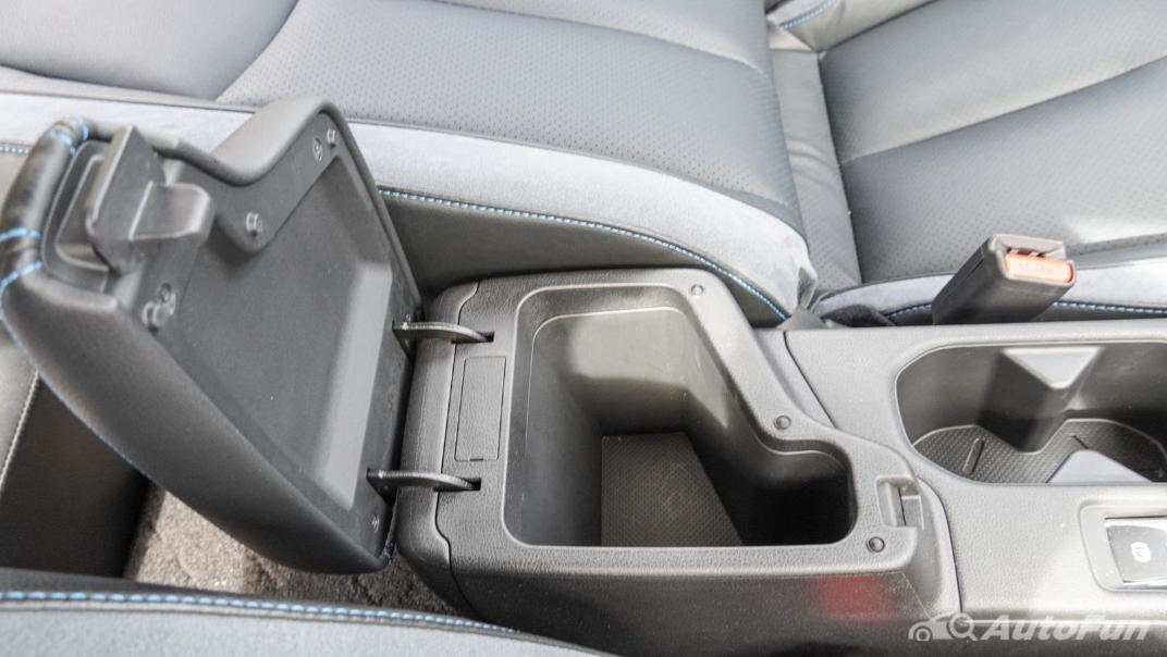 2020 Nissan Leaf Electric Interior 040