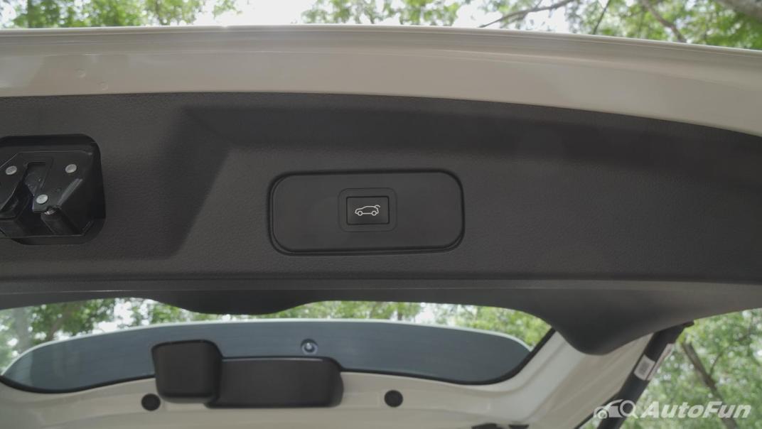 2021 Nissan Terra 2.3 VL 4WD Interior 065