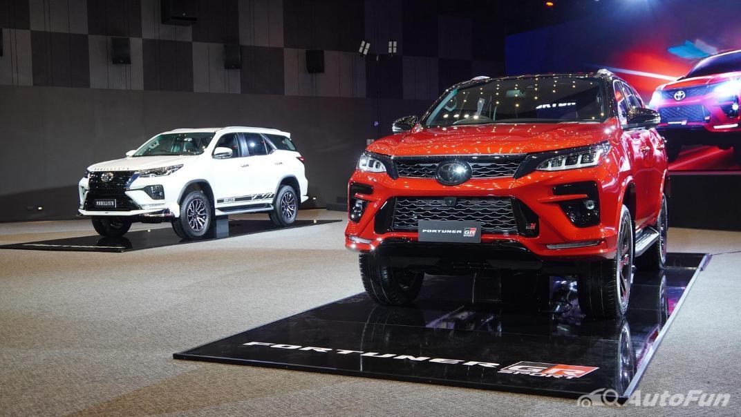 2021 Toyota Fortuner 2.8 GR Sport 4WD Exterior 007