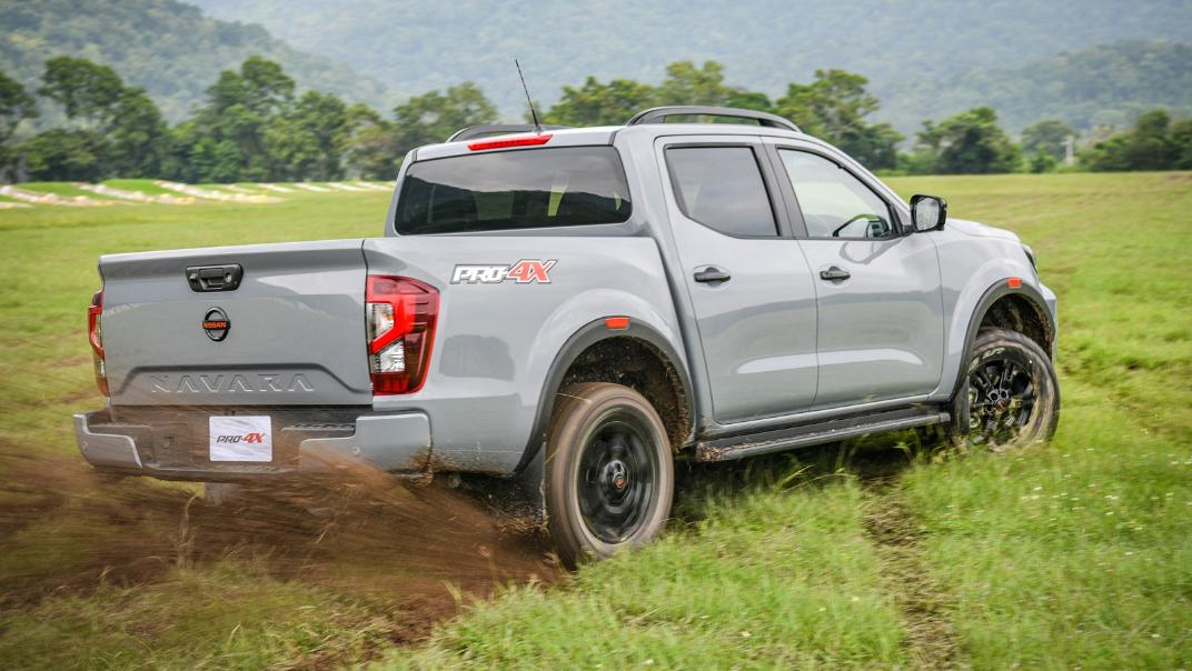 2021 Nissan Navara PRO-4X Exterior 085