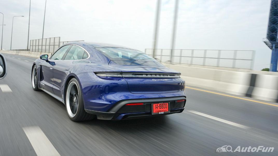 2020 Porsche Taycan Turbo Exterior 047