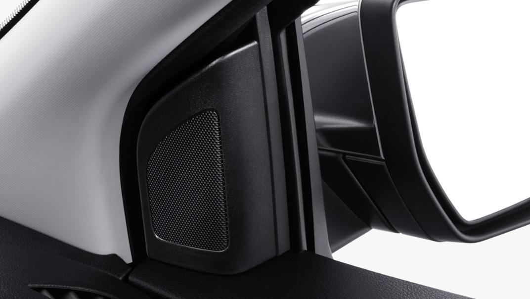 Mazda BT-50 Pro 2020 Interior 013