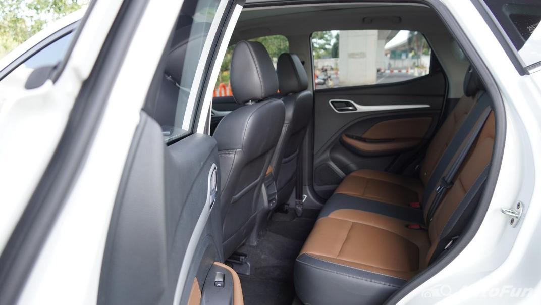 2020 MG ZS 1.5L X Plus Interior 039