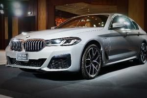 มาถึงไทยแล้ว 2021 BMW 5-Series เคาะค่าตัว 2.999-3.739 ล้านบาท ท้าชนรถยุโรประดับกลาง