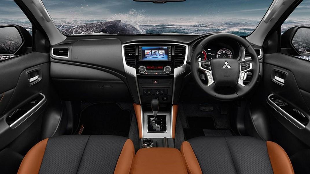 Mitsubishi Triton 2020 Interior 001
