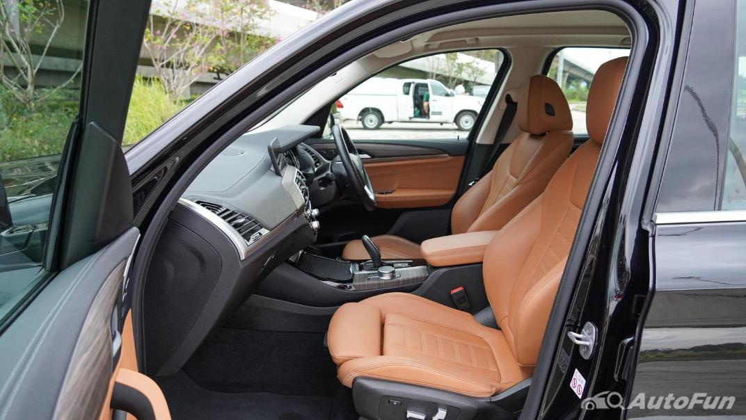 2020 2.0 BMW X3 xDrive20d M Sport Interior 044