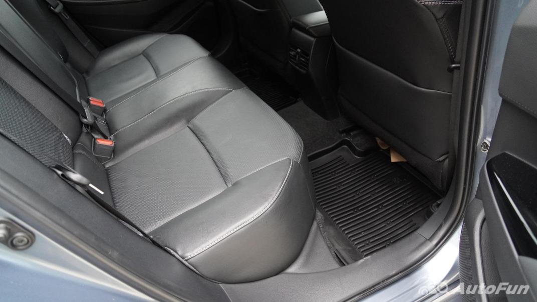2021 Toyota Corolla Altis 1.8 Sport Interior 035